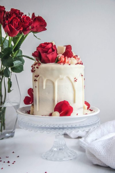 Eat Out Vegan Wales Cake Makers - Wedding Cake Swansea